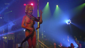 Demi Moore, Rena Riffel, Pandora Peaks &more @ Striptease (US 1996) [HD 1080p]  PJjLU6d6