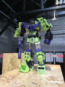 [Toyworld] Produit Tiers - Jouet TW-C Constructor aka Devastator/Dévastateur (Version vert G1 et jaune G2) - Page 6 I3LZGFa2