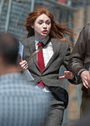 Карен Гиллан, фото 191. Karen Gillan - Set of 'Not Another Happy Ending' in Glasgow, Scotland - 7/20/12, foto 191