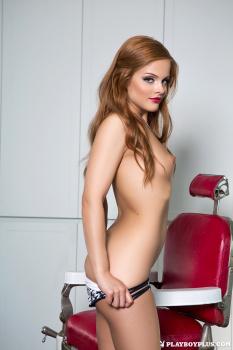 11-AMT-josee-lanue-barbers-chair