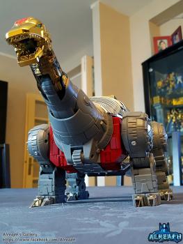 [Fanstoys] Produit Tiers - Dinobots - FT-04 Scoria, FT-05 Soar, FT-06 Sever, FT-07 Stomp, FT-08 Grinder - Page 9 SAIm1ux8