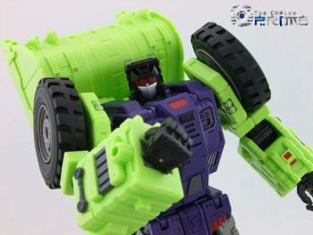 [Toyworld] Produit Tiers - Jouet TW-C Constructor aka Devastator/Dévastateur (Version vert G1 et jaune G2) - Page 5 F1oLfzl7