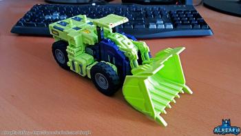 [Toyworld] Produit Tiers - Jouet TW-C Constructor aka Devastator/Dévastateur (Version vert G1 et jaune G2) - Page 6 QNtTrHT5