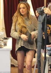 Lindsay Lohan - out shopping in LA 4/17/13