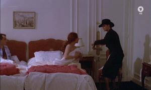 Anne Jousset @ La Banquière (FR 1980) [720p HDTV] AJRc8q7L