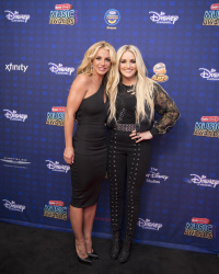 Jamie Lynn Spears - 2017 Radio Disney Music Awards @ Microsoft Theater in Los Angeles - 04/29/17