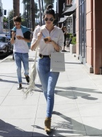 Kendall Jenner & Gigi Hadid - Hanging out in Beverly Hills 7/31/15