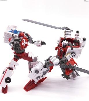 [MakeToys] Produit Tiers - Jouet MTCM-04 Guardia (aka Protectobots - Defensor/Defenso) - Page 3 Fw1rMlMK