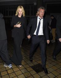 Sean Penn - Charlize Theron and Sean Penn - seen leaving Royal Festival Hall. London - February 16, 2015 (153xHQ) Pym6do7T