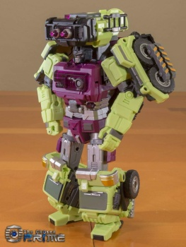 [Generation Toy] Produit Tiers - Jouet GT-01 Gravity Builder - aka Devastator/Dévastateur CuQ2jeMF
