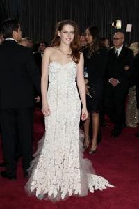Kristen Stewart - Imagenes/Videos de Paparazzi / Estudio/ Eventos etc. - Página 31 AcumnJ5b