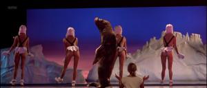 Eva Herzigova, Jennifer Herrera, Eva Grimaldi (nn) @ Les Anges Gardiens (FR 1995) [1080p HDTV]  K96UJifn