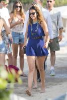 Nina Dobrev with her boyfriend Austin Stowell in Saint-Tropez (July 24) Gv5r2euP