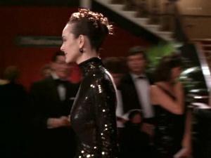 Carole Bouquet @ A Business Affair (UK/FR/DE/ES 1994)  3tOHFHBP