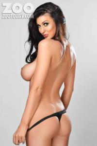 abhSl31N Alice Goodwin – Topless – Zoo Photoshoot (Jan 2013) [tag] photoshoots