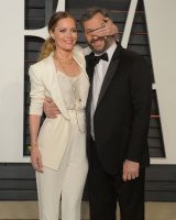 """Leslie Mann """"2015 Vanity Fair Oscar Party hosted by Graydon Carter at Wallis Annenberg Center for the Performing Arts in Beverly Hills"""" (22.02.2015) 126x  WTAEgzBG"""