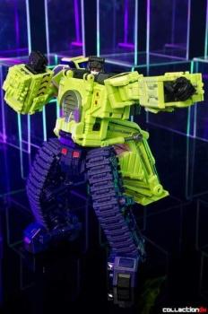 [Toyworld] Produit Tiers - Jouet TW-C Constructor aka Devastator/Dévastateur (Version vert G1 et jaune G2) - Page 4 JxUPDvgN