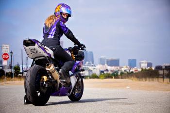 Leah Petersen, motorcycle stunt rider