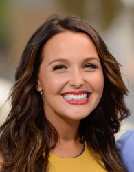 Camilla Luddington - On Extra @ Universal Studios Hollywood in Universal City - 07/15/14