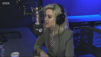 Katy Perry - The Radio 1 Breakfast Show With Nick Grimshaw 22nd February 2017 1080i HDMania