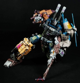[Warbotron] Produit Tiers - Jouet WB01 aka Bruticus - Page 5 7mnfRN4a