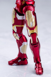 Iron Man (S.H.Figuarts) - Page 3 F9yDQrJH