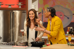 Amy Brenneman - The Chew: May 19th 2017