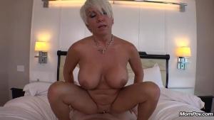 Milfs amateur porn