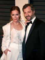 """Leslie Mann """"2015 Vanity Fair Oscar Party hosted by Graydon Carter at Wallis Annenberg Center for the Performing Arts in Beverly Hills"""" (22.02.2015) 126x  DDfekdSa"""