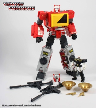 [KFC Toys] Produit Tiers - Jouet Transistor (aka Blaster/Tempo) + DoubleDeck (Twincast) + Fader (aka Eject/Éjecteur) + Rover (aka Autoscout) - Page 2 Gayb6SEt