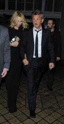 Sean Penn - Charlize Theron and Sean Penn - seen leaving Royal Festival Hall. London - February 16, 2015 (153xHQ) Mdm9Mx6y