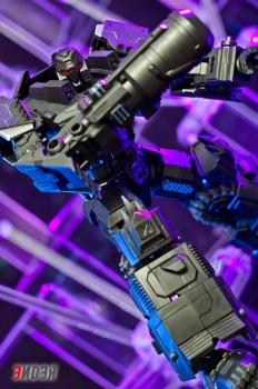 [Mastermind Creations] Produit Tiers - Reformatted R-13 Spartan (aka Impactor) des Wreckers + R-14 Commotus (aka Turmoil) - IDW 3WrVpKl1