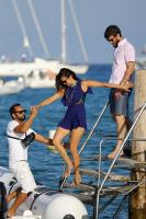 Nina Dobrev with her boyfriend Austin Stowell in Saint-Tropez (July 24) GmjBuYLv