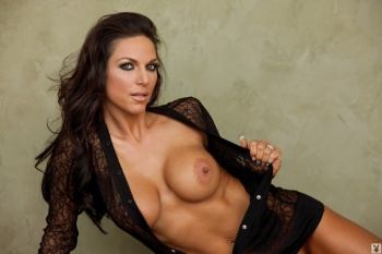 bAEEBnCU Avery Morgan Womenofplayboy 02