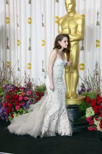 Kristen Stewart - Imagenes/Videos de Paparazzi / Estudio/ Eventos etc. - Página 31 Adz5H4VG