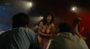 Kim Cattrall, Kaki Hunter, Pat Lee &more @ Porky's (US 1981) [HD 1080p] 9yuksJVZ