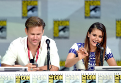 Paul Wesley - Ian Somerhalder,   Nina Dobrev,  Paul Wesley,  Katerina Graham,  Matthew Davis - 'The Vampire Diaries' panel during Comic-Con International 2014 at San Diego Convention Center in San Diego (July 26, 2014) - 101xHQ IWIIi4vi