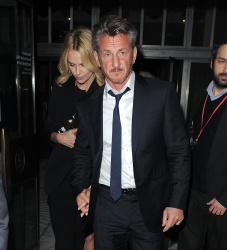 Sean Penn - Charlize Theron and Sean Penn - seen leaving Royal Festival Hall. London - February 16, 2015 (153xHQ) TsIRQYub