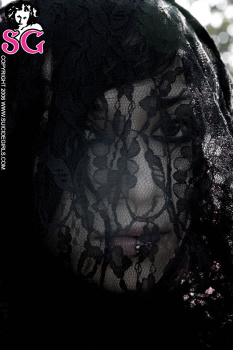 08-02 - Mnislahi - Different Shades