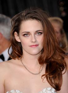 Kristen Stewart - Imagenes/Videos de Paparazzi / Estudio/ Eventos etc. - Página 31 Adyp37go