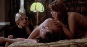 Marianne Morris, Anulka Dziubinska,  Sally Faulkner @ Vampyres (ES/UK 1974) [HD 1080p]  QAfeWDXk