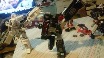 Masterpiece G1 - KO/Bootleg/Knockoff Transformers - Nouveautés, Questions, Réponses - Page 5 PnnJWdZh