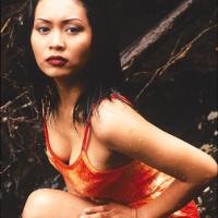 Kumpulan Foto Hot Seksi Vulgar Artis Ratna Listy di Majalah Popular