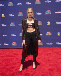 Veronica Dunne - 2017 Radio Disney Music Awards @ Microsoft Theater in Los Angeles - 04/29/17