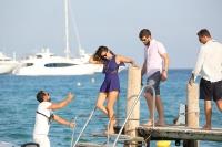 Nina Dobrev with her boyfriend Austin Stowell in Saint-Tropez (July 24) XN3WOVjE