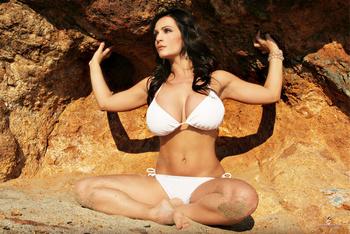 Дениз Милани, фото 4465. Denise Milani White Bikini (From Her Old Website), foto 4465