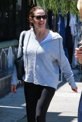 Jennifer Garner - Out for lunch with a friend in Los Angeles 7/26/17