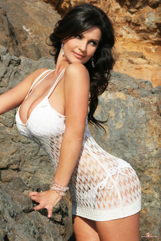 Дениз Милани, фото 4430. Denise Milani White Bikini (From Her Old Website), foto 4430
