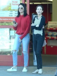Olivia Munn - Shopping in Los Angeles - March 1st 2017