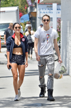 fa70a00d6d Isabelle Fuhrman Spandex shorts and bra at the farmer s market in Los  Angeles May 2016